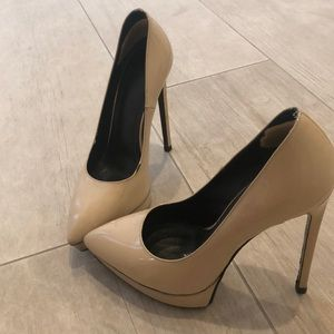 YSL Nude Patten Leather heels with box